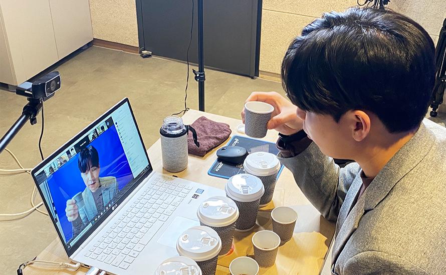 커피 테이스팅 LIVE 진행사진 02 | 이너트립